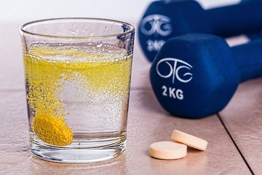 900x600-nahrungsergaenzungsmittel-supplements-was-bringt-es