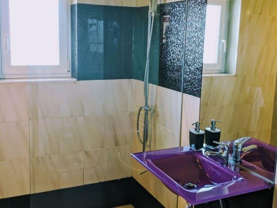 badezimmer-unterkunft-im-sporturlaub
