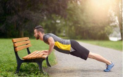 Gleichzeitig Muskeln gewinnen und Körperfett verlieren